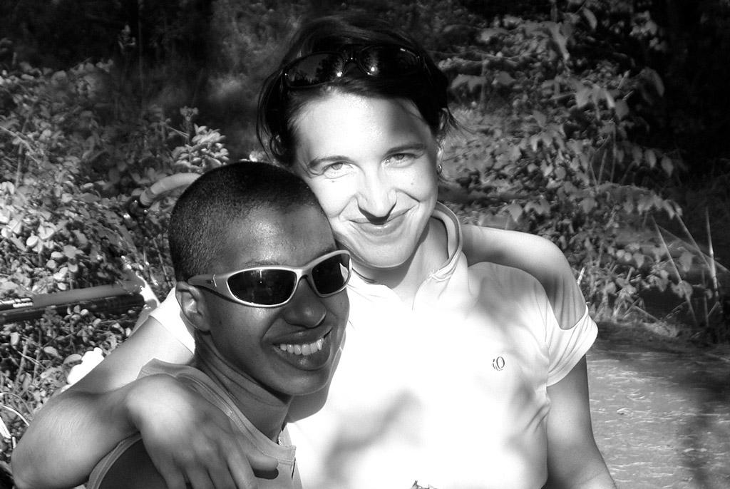 Kronda and Jess on the Coeur d'Alene trail