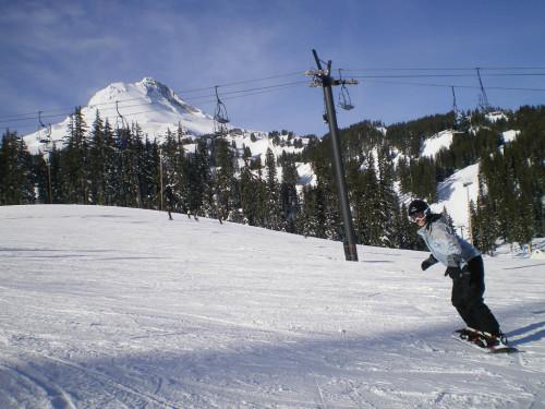Jess snowboarding