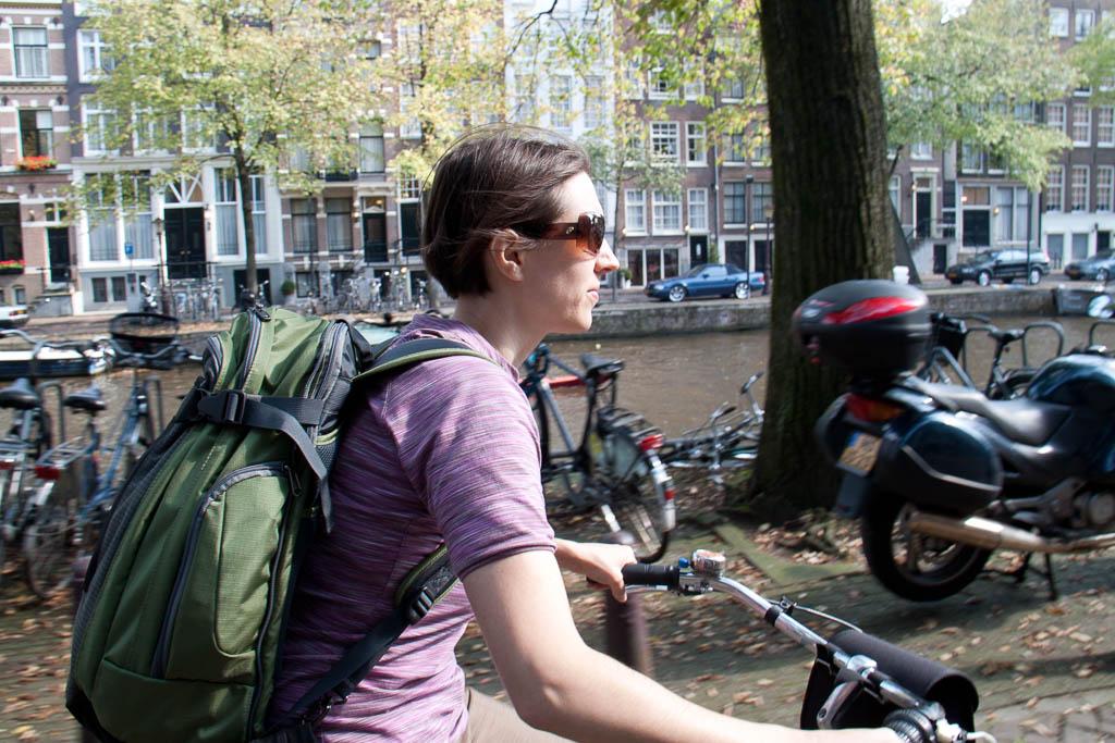 Jess riding carefree through Amsterdam
